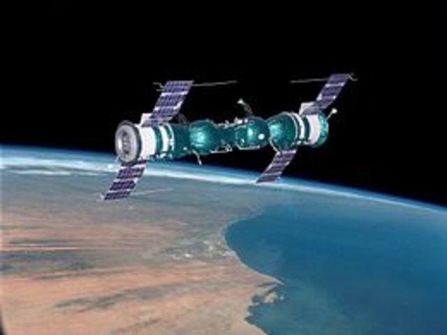 Soyuz 4 & 5