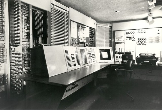 The first computer completely of the transistors