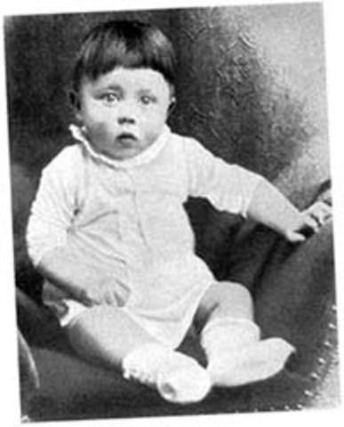 Adolf Hitler Bio