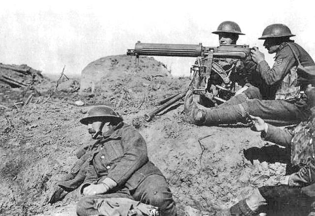 World War l begins