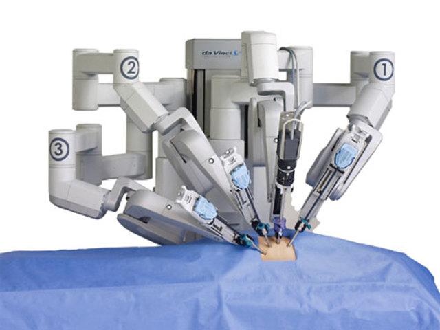 Хирургический робот Da Vinci