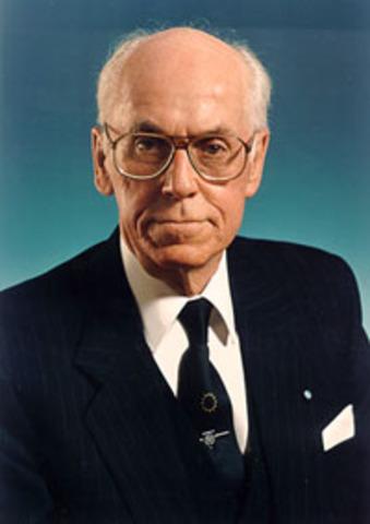 Riigikogu valis EV presidendiks Lennart Meri
