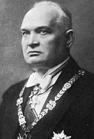 EV presidendiks valiti Konstantin Päts