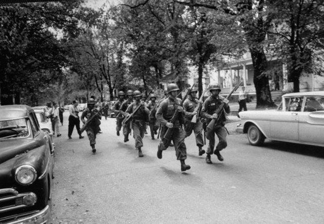 101st Airborne Division Arrive