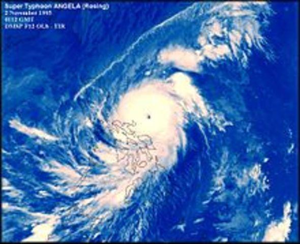 Typhoon Angela (Rosing)
