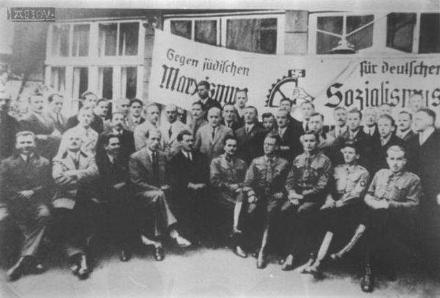 La Declaración de Derechos Sociales de 1917 y el Derecho Colectivo del Trabajo.