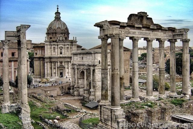 Construcciòn de  el Templo de Saturno