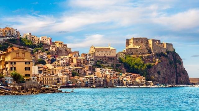 Sicilia primera provincia romana. Vía Aurelia: de Roma a Pisa.