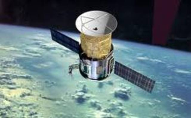 Primer satelite comercial de comunicaciones entre EEUU y España 30-45