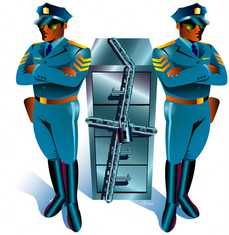 Se reconoce como garantía fundamental la protección de datos personales