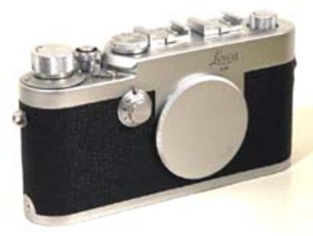 First high quality 35mm camera