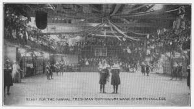 Primer Partido de Basquetbol Femenil