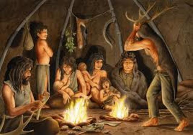 PALEOLÍTICO - Edad de Piedra, abarca desde que los seres humanos empezaron a elaborar herramientas de piedra hasta el descubrimiento y uso de metales