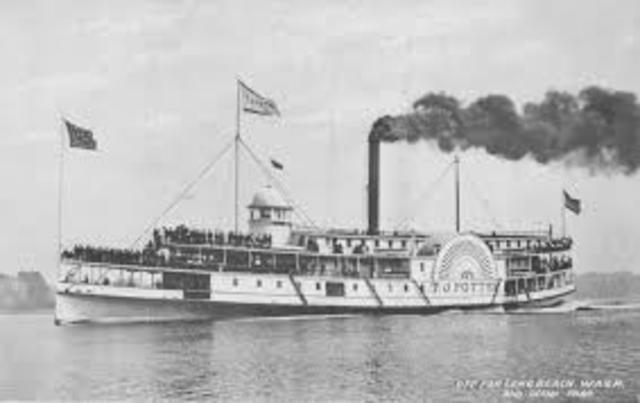 Robert Fulton 1st steamboat