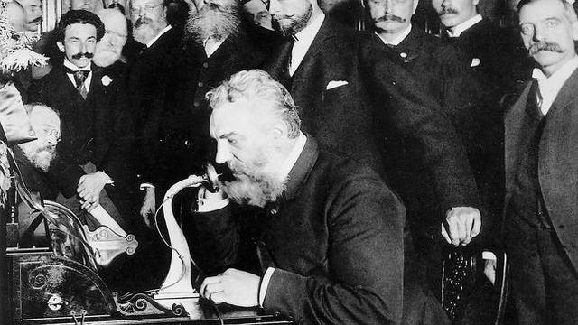 1876 – Creación del Teléfono