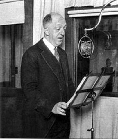 1908 – Primeras transmisiones de radio en Estados Unidos