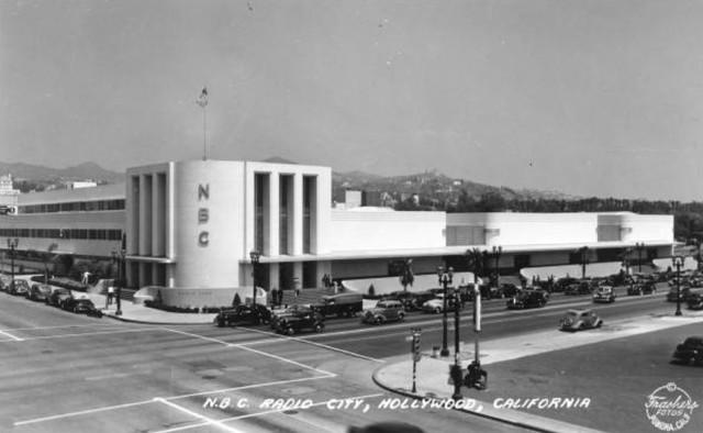 1939 - Transmisiones regulares