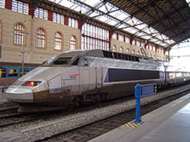 France's TGV Beat Its Original World Record 574.8 kp/h