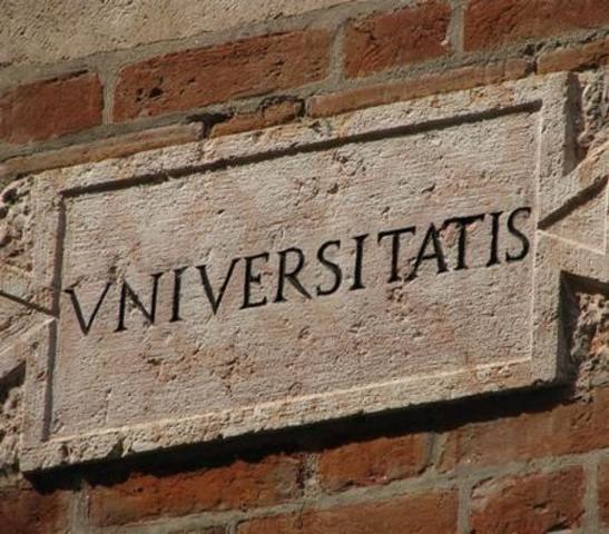 Fundaciòn de las primeras universidades