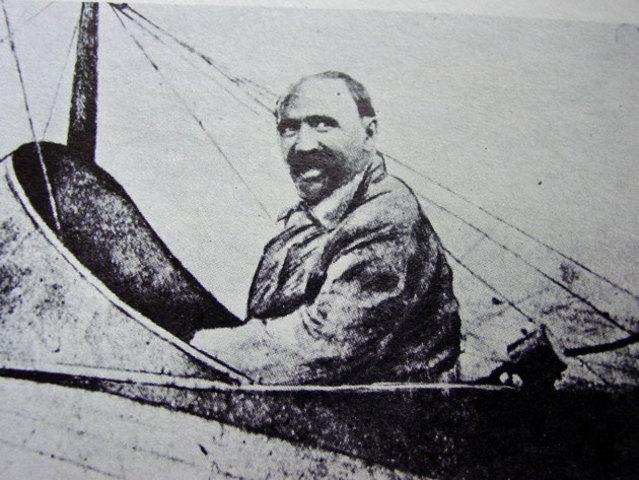 El Presidente Madero Fue el primer jefe de estado en viajar en avión.