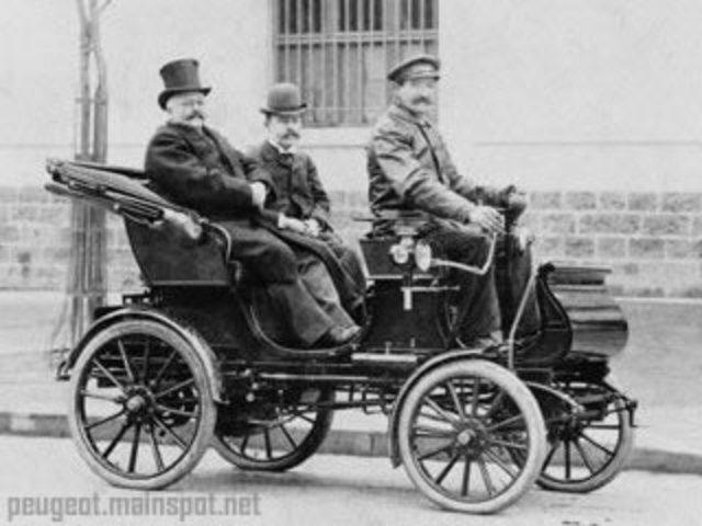 Los primeros coches en Italia