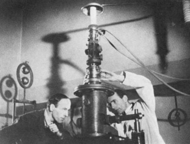 Max Knoll &  Ernst Ruska : First Electronic Microscope