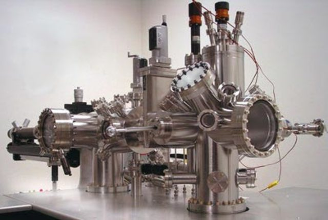 The Scanning Tunnelling Microscope (STM)