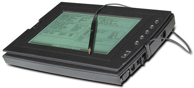 Una de las primeras tableta-computadora sale al mercado