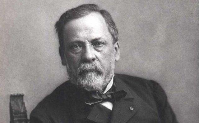 Louis Pasteur inventa el proceso de pasteurización.