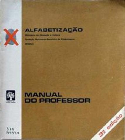 """Criação dos """"manuais"""" (ARCE, Alessandra)"""