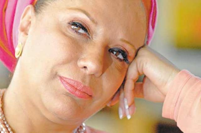 Piedad Córdoba le pide al Partido Liberal que la 'respete' y que no la saque 'a sombrerazos'