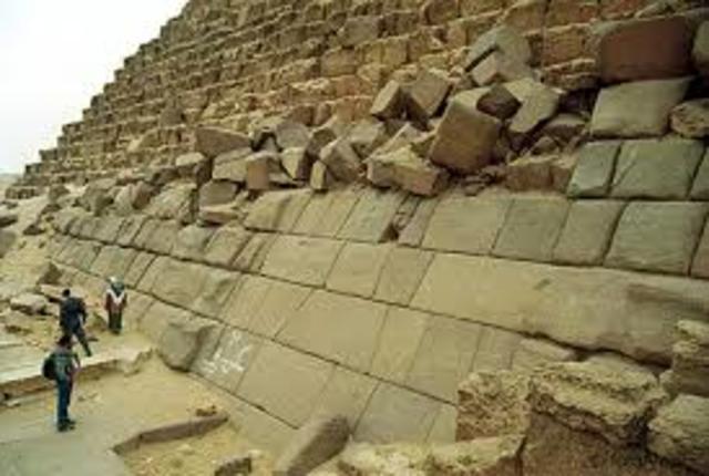Bloques de piedra como uno de los primeros materiales de construcción.