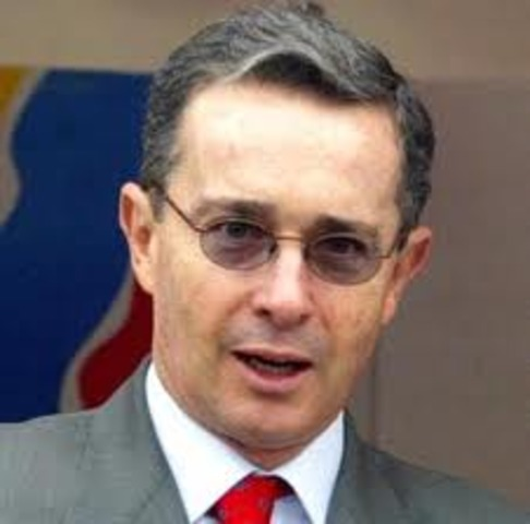 'Uribe no ha pensado ser alcalde de Bogota', aseguró el ex asesor presidencial José Obdulio Gaviria