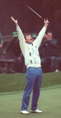 Nick Faldo sinks a 100-foot (30 m) birdie putt on the second hole at Augusta National in The Masters