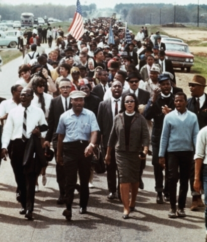 Martin Luther King leads March across the Selma bridge