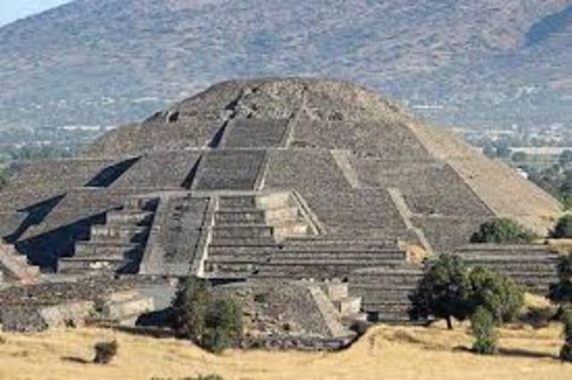 Piramide del sol. Ingenieria Azteca
