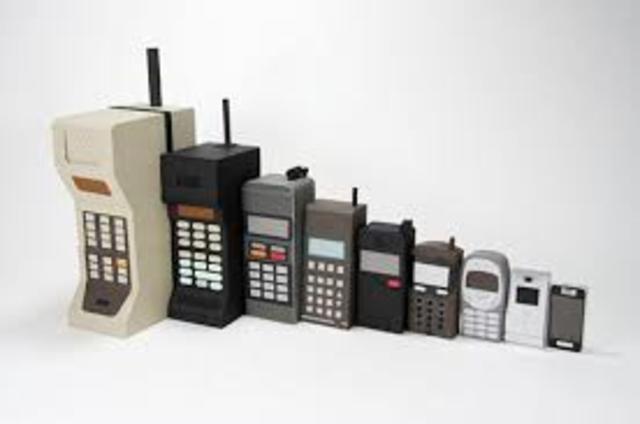 El primer telèfon mòbil