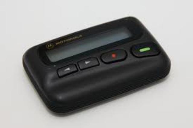Sistema móvil para autos y Beeper