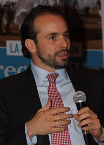 Alejandro Eder se posesionó como el nuevo Alto Consejero Presidencial Para la Reintegración