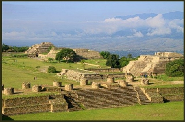 Origen de lo Zapotecas y Mixtecas