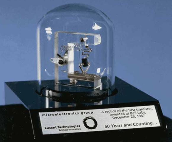 El nacimiento del primer transistor