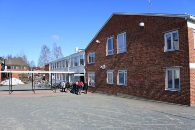 Läksin Soomes kooli