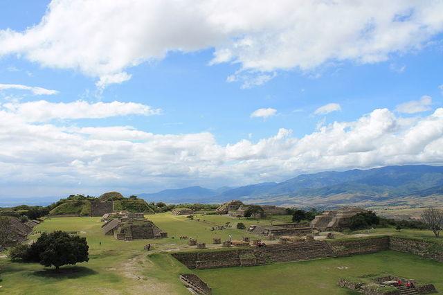 Clásico 300 a. C.