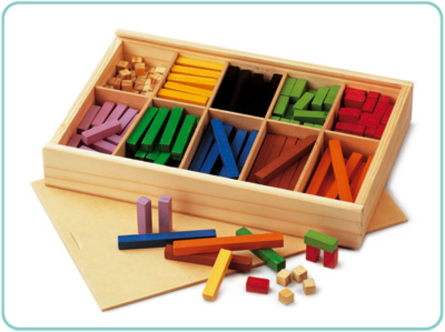 Regletas: Sistema análogo para aprender operaciones básicas de matemáticas.