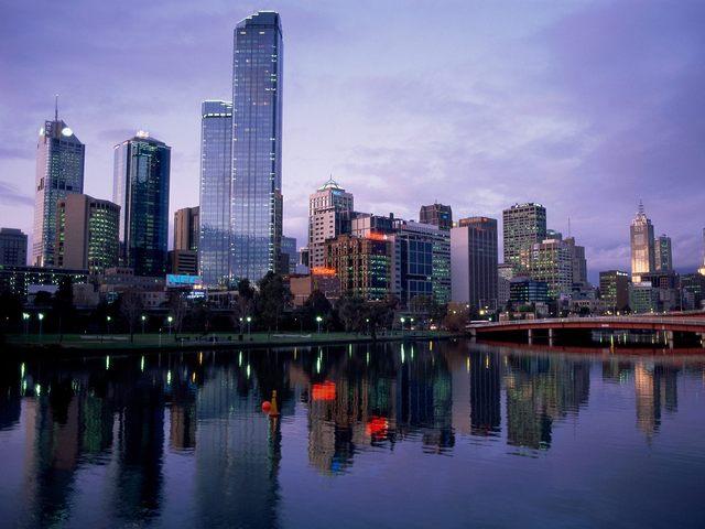 Melbourne: 2001-2002