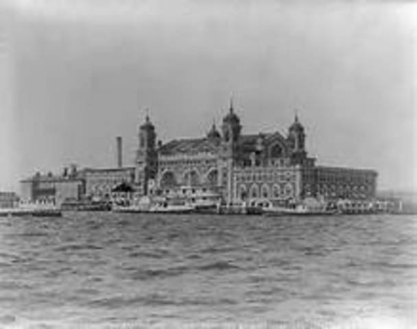 Ellis Island becomes chief immigration station of the U.S.