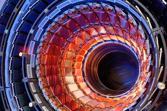 Третий этап современной физики (с 1955).