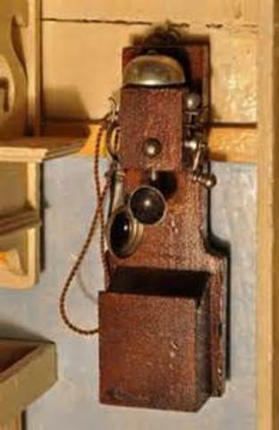 First long distance telephone service is demonstrated