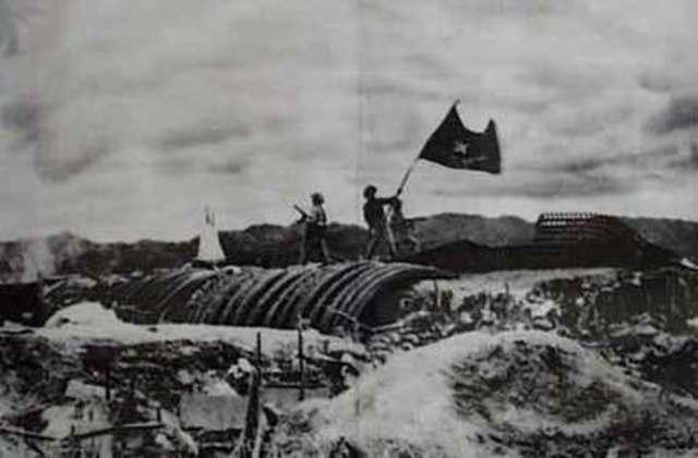 Vietnamese defeat French at Dien Bien Phu-political