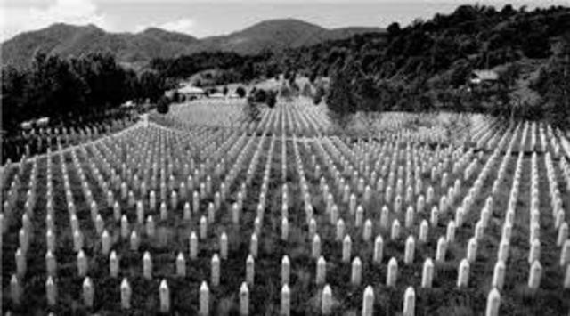 Bosnia - Serbs Sieze Srebrenica